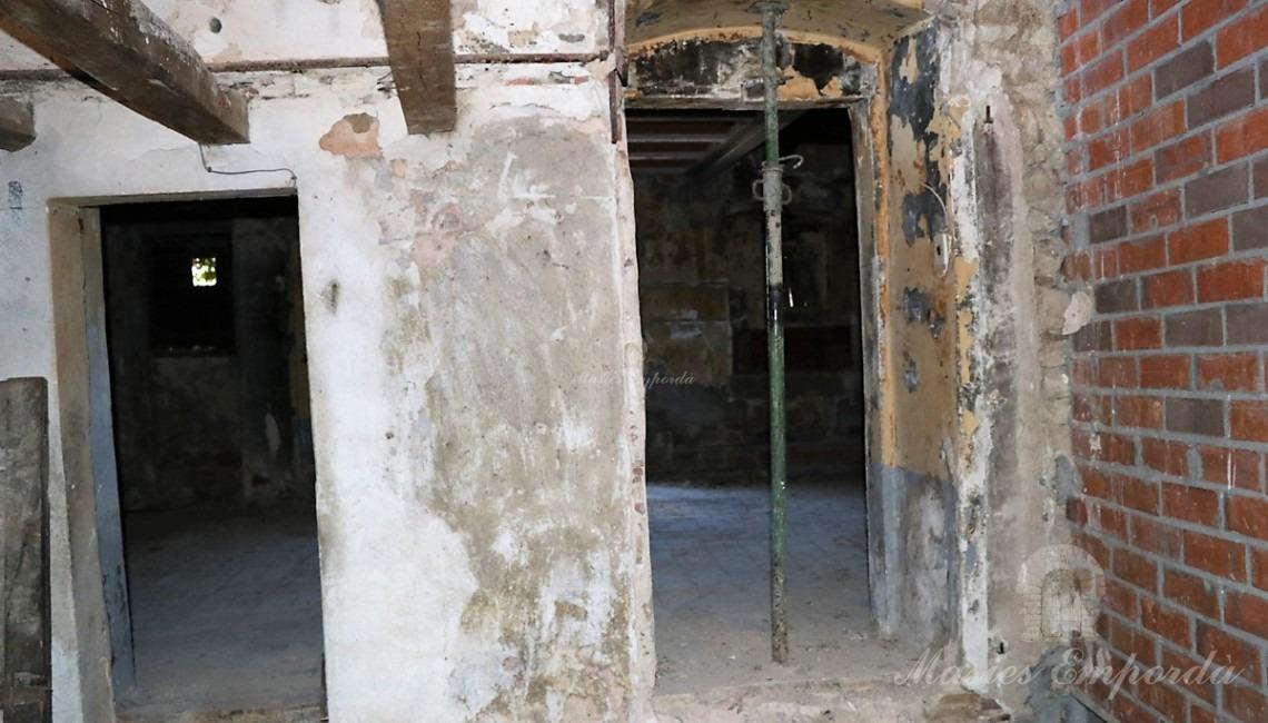 Detalles de los enlaces de la entre las habitaciones y estancias  de la casa