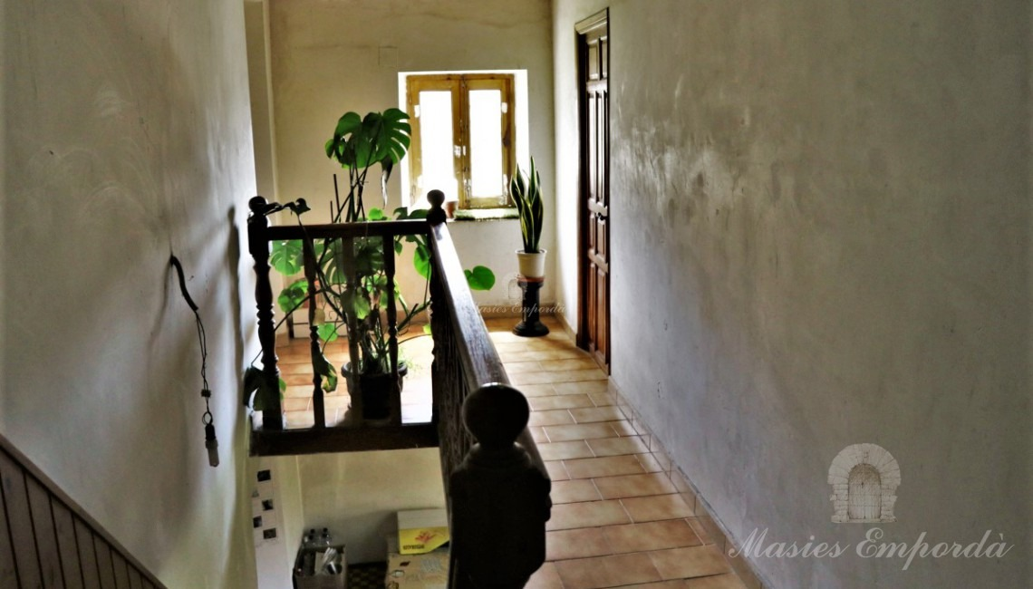 Access corridor to the second floor of the house