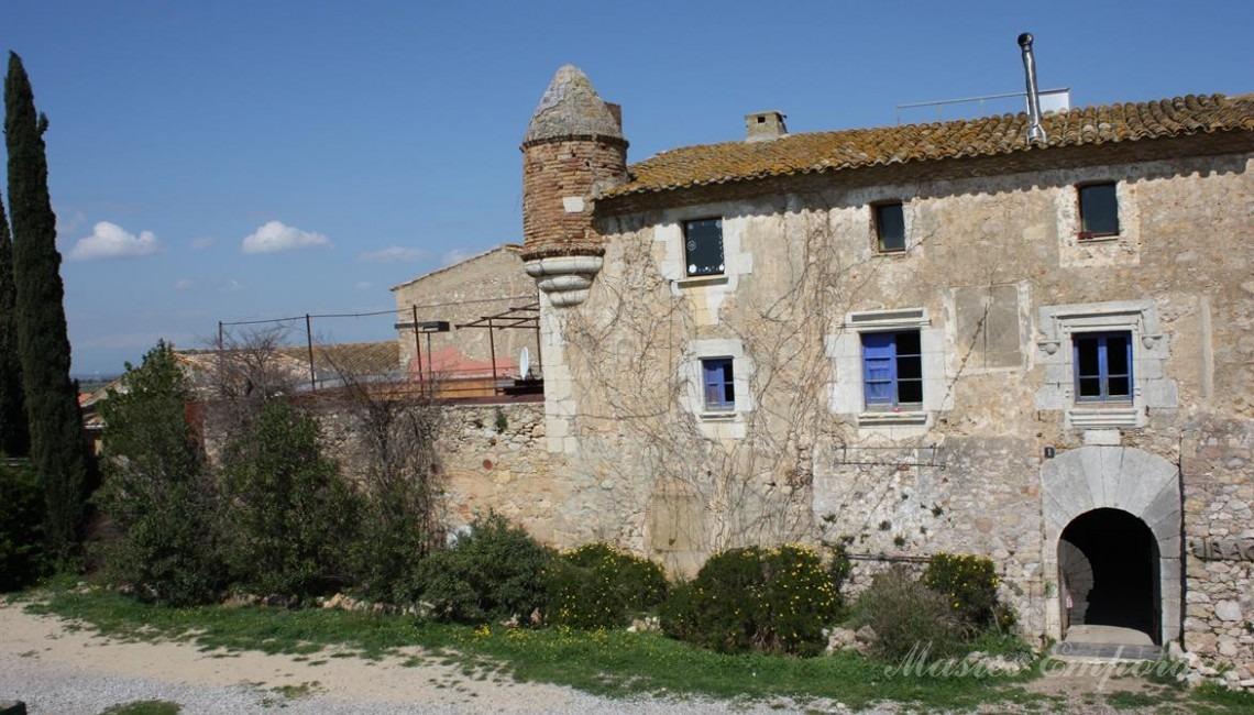 Facade of the farmhouse