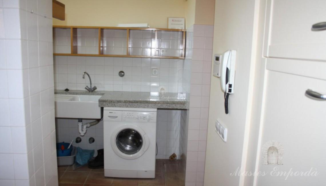Sala se plancha y lavadoras