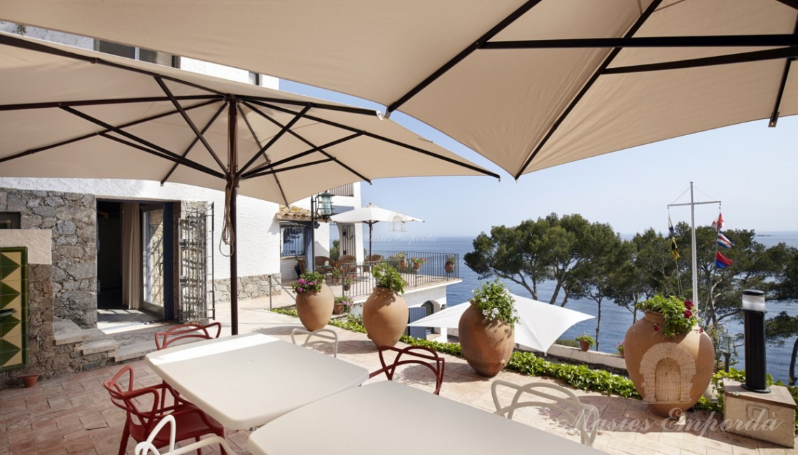 Views of the summers dining room on the terrace with sea views
