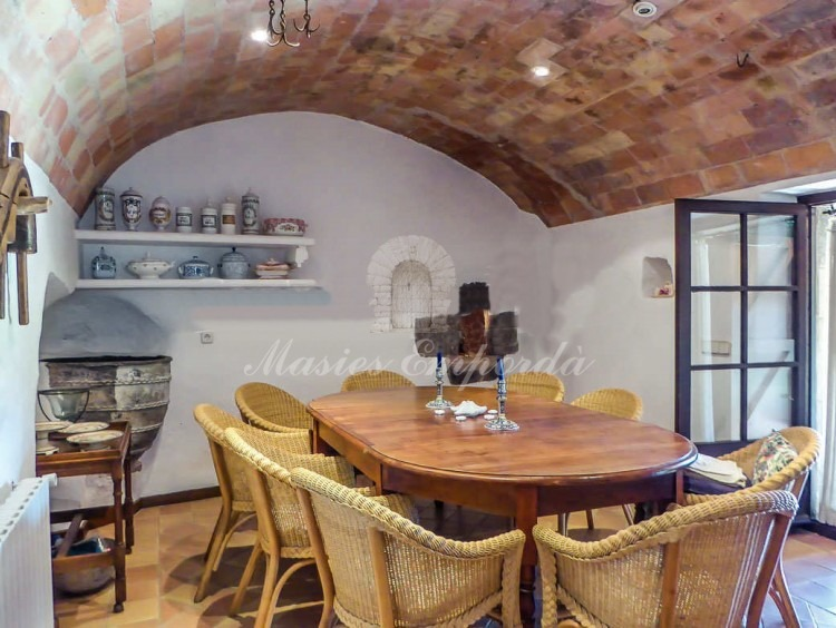 Vaulted Ceiling Dining Room