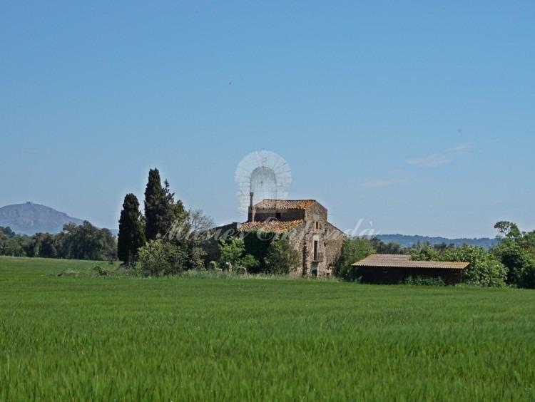 Views of the farmhouse
