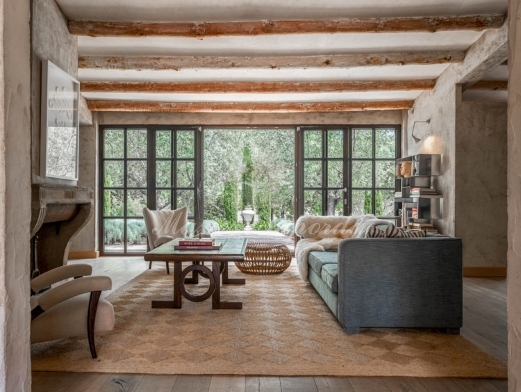 Living room of the farmhouse