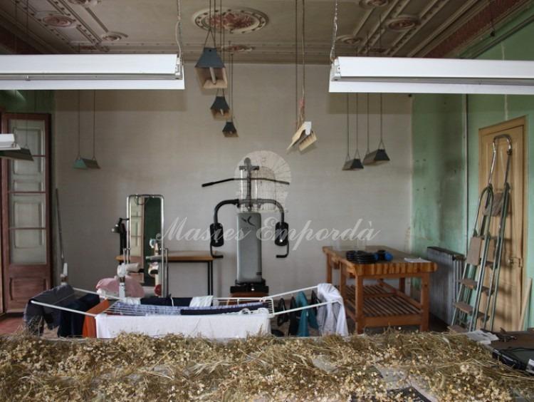 Sala de gimnasia y trabajo de la planta