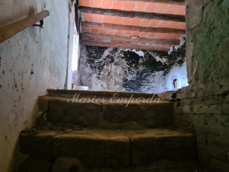 Access staircase to the plant